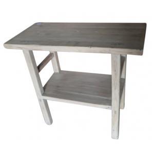 mesa con un estante